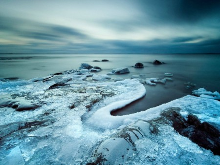 amazing-frozen-stones wallpaper